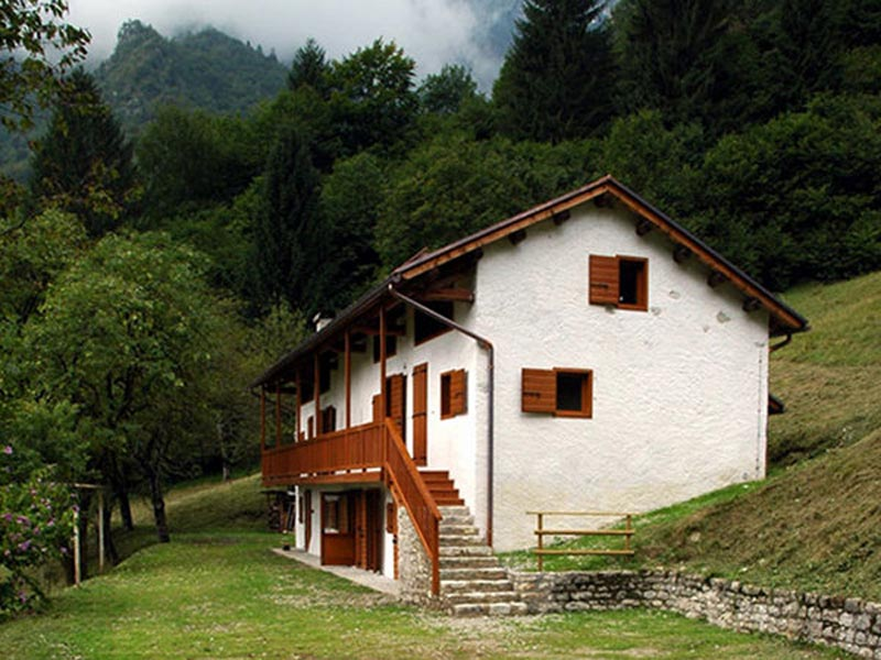 Maison du Parc dans la Val Canzoi