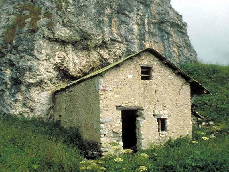 Bivacco Ramezza Alta (quota 1485)