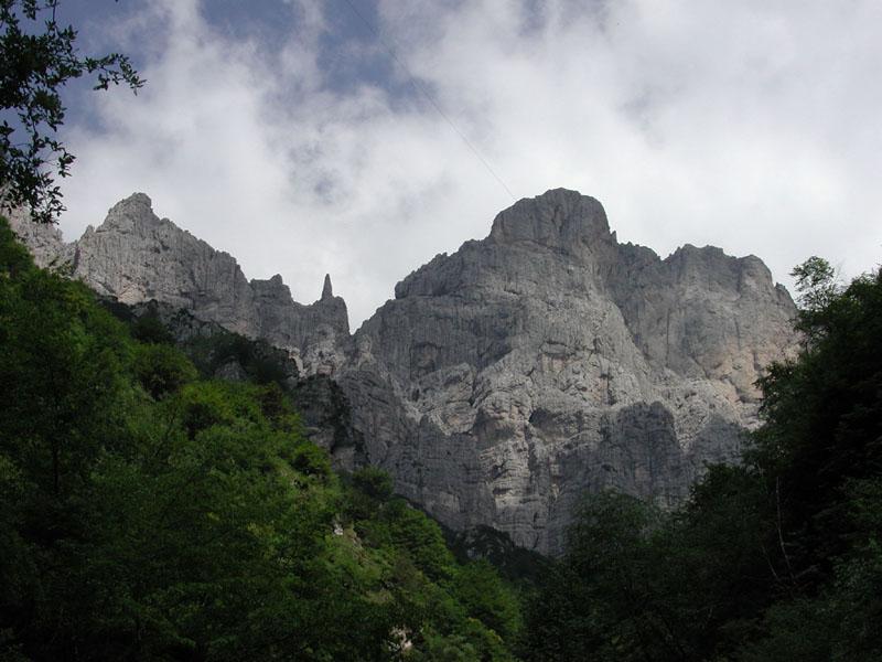 C11 - Studio deformativo della Gusela del Vescovà mediante tecniche geo-topografiche integrate