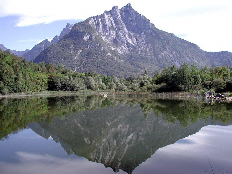 Le lac de Vedana
