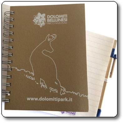 Agenda più penna con parti accessorie in blu - Parco Nazionale Dolomiti Bellunesi