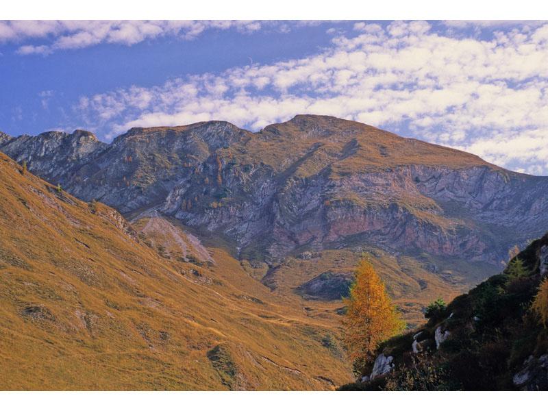 C1 - Un ambiente carsico d'alta montagna nel Parco: Piani Eterni + atlante fotografico